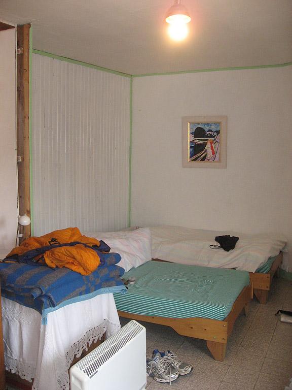 backpack45 arles gr 653 via tolosana route page. Black Bedroom Furniture Sets. Home Design Ideas
